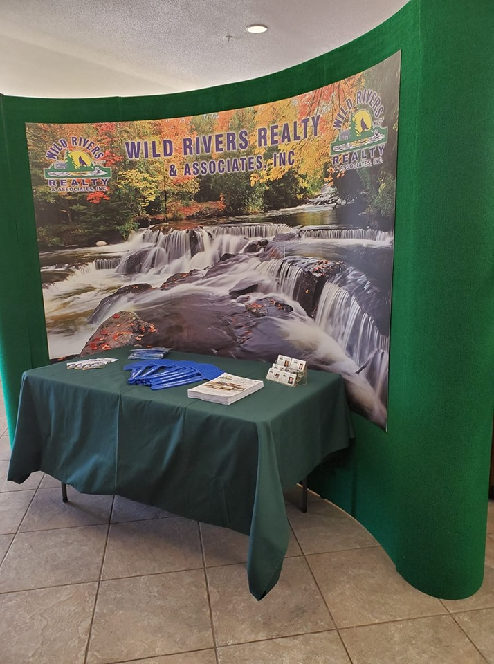 L2L Display Wild Rivers